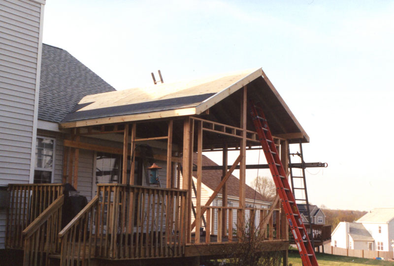 Kelley carpentry builds sunrooms that truly extend your home for How to build a four season room